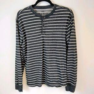 Old Navy Grey Stripe Thermal Long Sleeve Top sz M